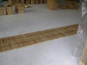 Укладка индустриального паркета на тёплый пол