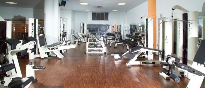 Спортивный зал из индустриального паркета