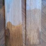 Сутки в воде: слева ламель без покрытия, справа - покрытая масловоском OSMO 3062 в 2 слоя