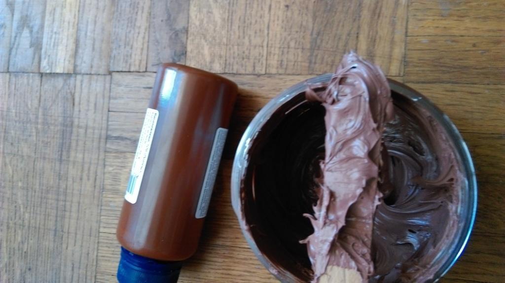 Результат перемешивания - получение МС полимерного герметика требуемого цвета